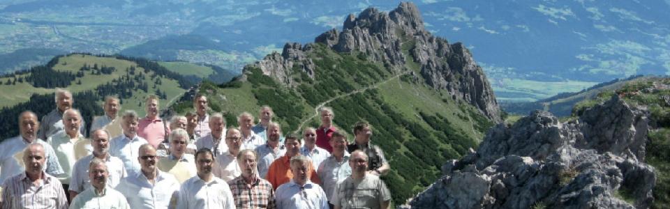 Über die Alpen. Abendsoirée des MGV Kirchenchors Ruggell mit den Ruggeller Weisenbläsern