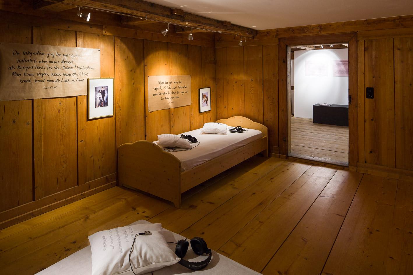 Blick in die Ausstellungsräume in Raum 2