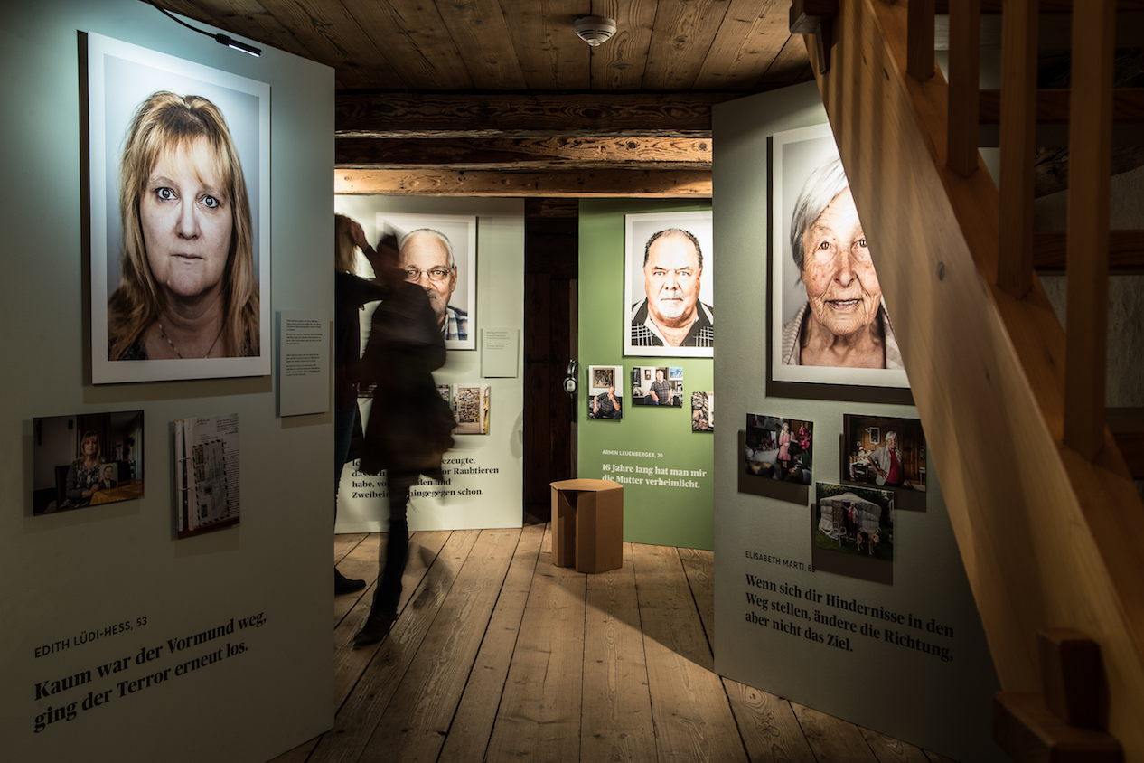 20.02.2020: Ausstellungsrundgang mit Peter Klaunzer, Walter Zwahlen und Kurt Gäggeler.